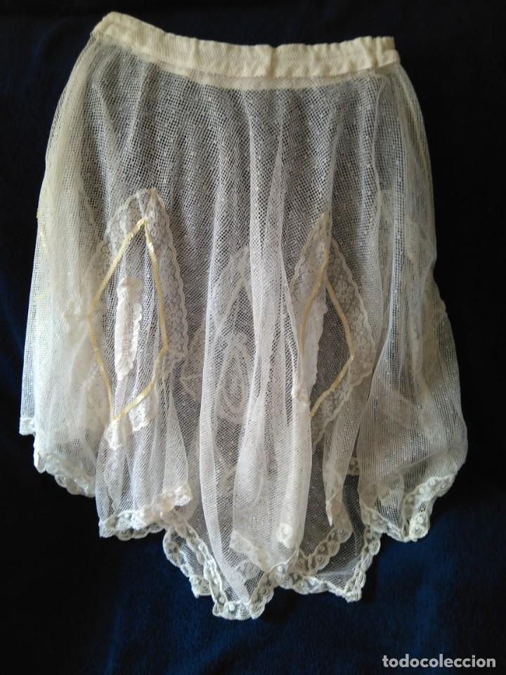 Antigüedades: falda de encaje mecánico y lentejuelas, de baile? mide de largo 50-60 y vuelo unos 300 cm - Foto 3 - 213579746