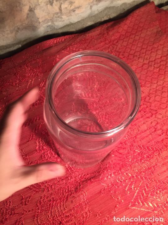 Antigüedades: Antiguo tarro / bote de cristal transparente de colmado o tienda de los años 20-30 - Foto 4 - 213585805