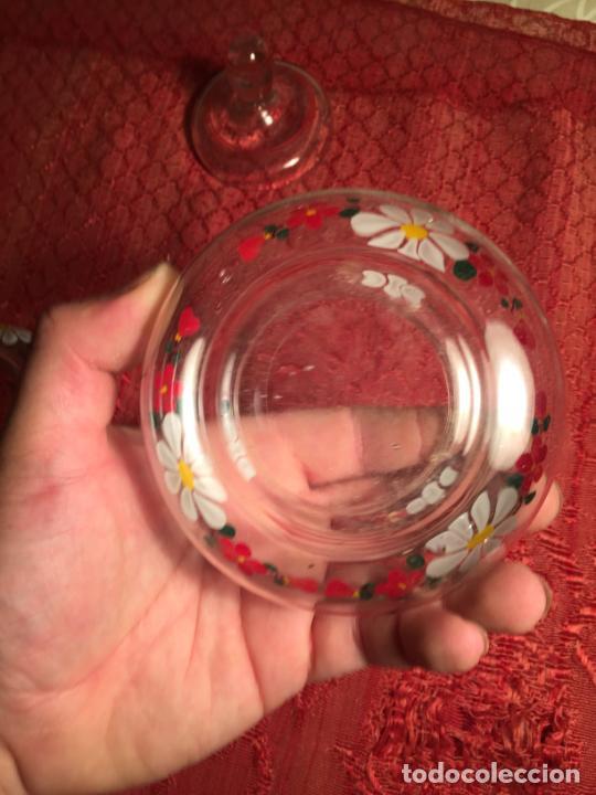 Antigüedades: Antiguo juego de tocador de cristal transparente pintado con flores años 50-60 - Foto 7 - 213585973