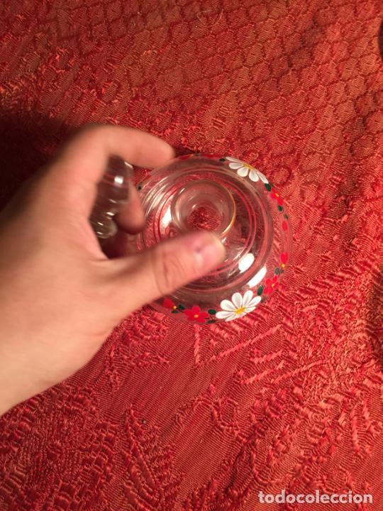 Antigüedades: Antiguo juego de tocador de cristal transparente pintado con flores años 50-60 - Foto 8 - 213585973