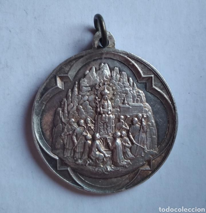 Antigüedades: medalla religiosa antigua SAN BENITO NUESTRA SEÑORA DE MONTSERRAT 40 x 45 mm - Foto 4 - 213588988