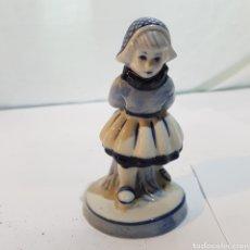 Antigüedades: FIGURA DE PORCELANA DELTF HOLANDA. Lote 213604536