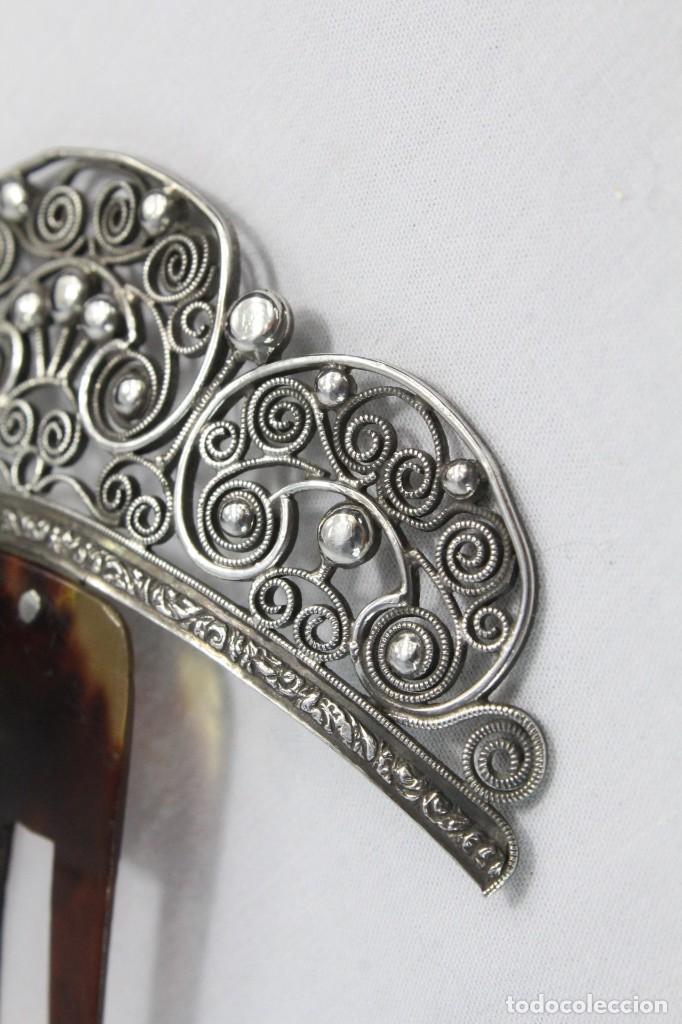 Antigüedades: Preciosa peineta s XIX en plata de filigrana y carey auténtico. - Foto 2 - 213609143
