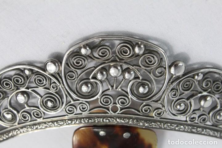 Antigüedades: Preciosa peineta s XIX en plata de filigrana y carey auténtico. - Foto 7 - 213609143