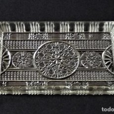 Antigüedades: BANDEJA DE CRISTAL MOLDADO DE SANTA LUCIA. (CARTAGENA). Lote 213702653
