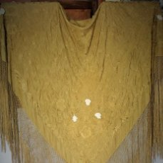 Antigüedades: ESPECTACULAR MANTÓN ANTIGUO CON CARITAS DE MARFIL. Lote 213710302