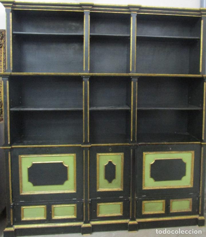 BONITA VITRINA, LIBRERÍA - MADERA POLICROMADA Y DORADA - PUERTAS ABATIBLES - IDEAL BIBLIOTECA, ETC (Antigüedades - Muebles Antiguos - Vitrinas Antiguos)