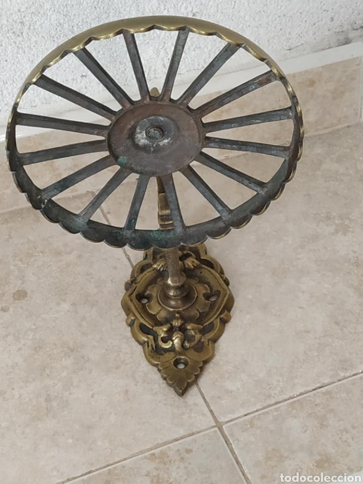 Antigüedades: Soporte de bronce - Foto 2 - 213740845
