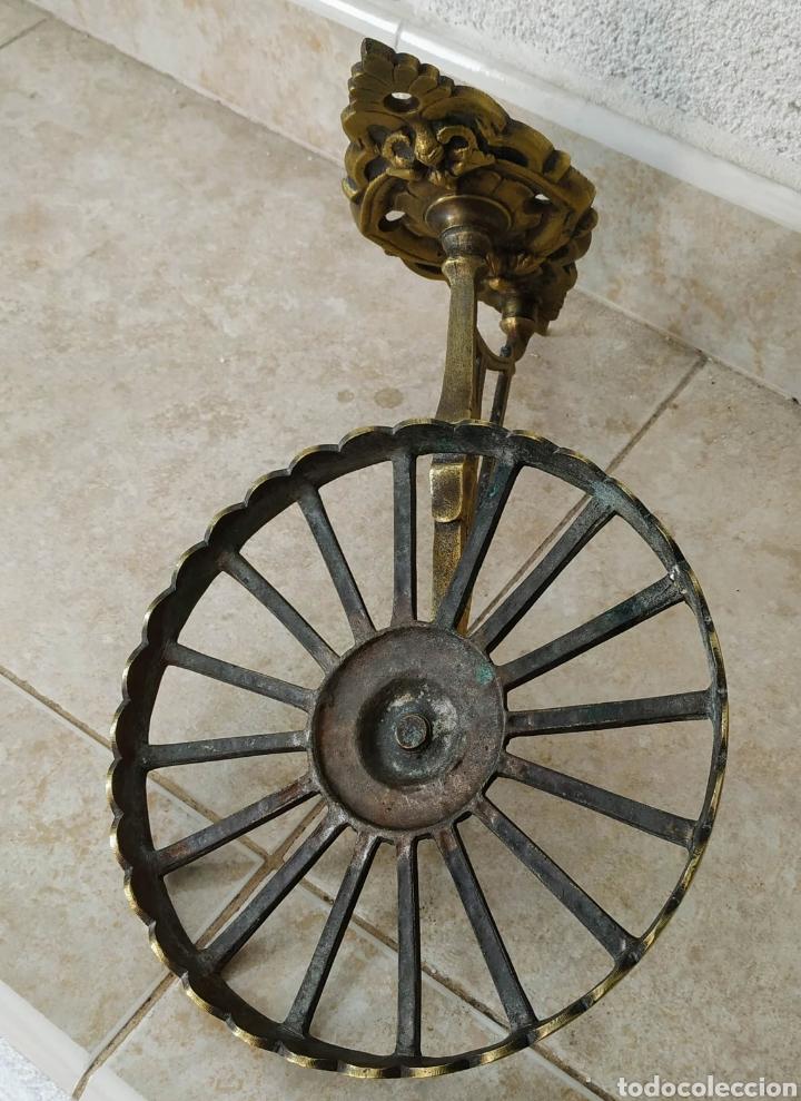 Antigüedades: Soporte de bronce - Foto 4 - 213740845