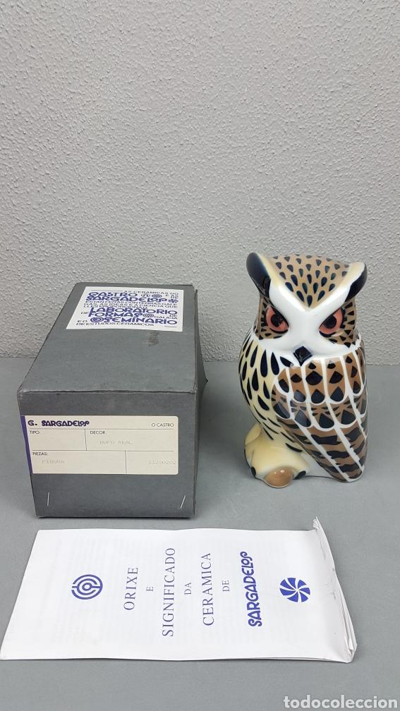 BUHO REAL DE CASTRO /SARGADELOS, MIDE 18,5 CM. DE ALTURA. PERFECTO ESTADO EN SU CAJA ORIGINAL (Antigüedades - Porcelanas y Cerámicas - Sargadelos)