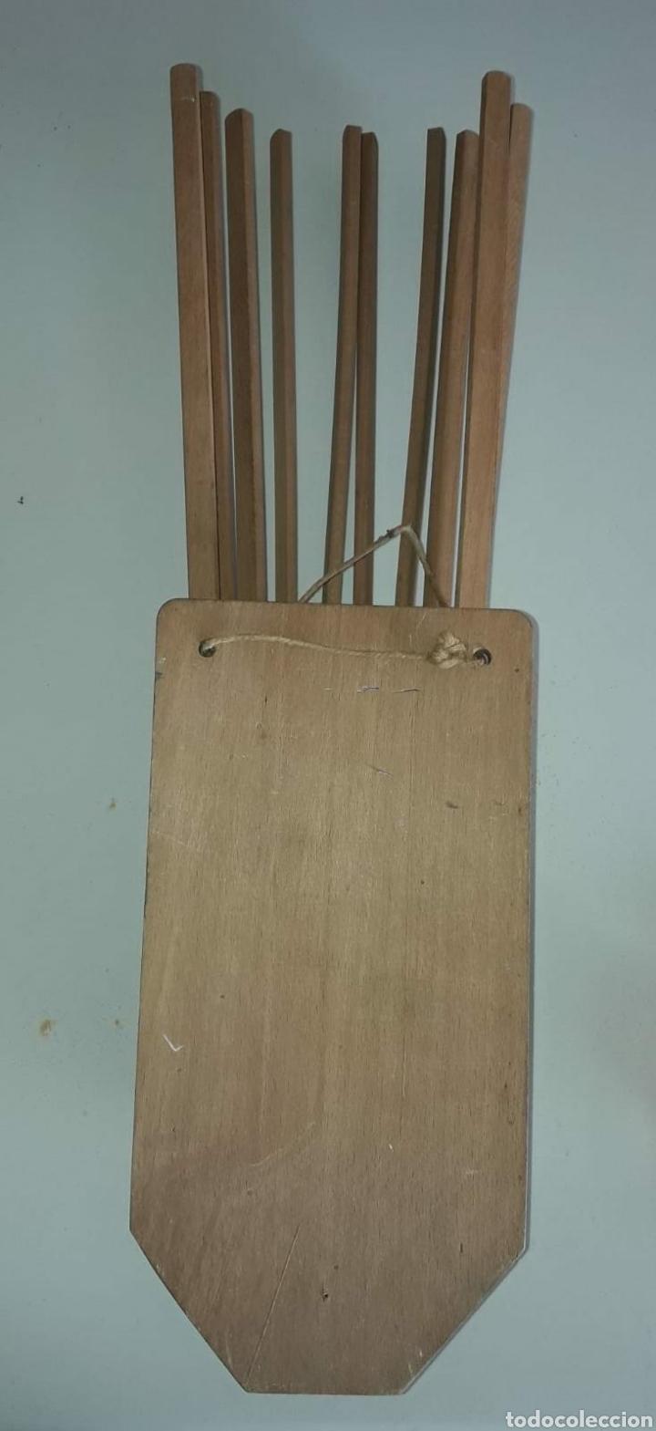 Antigüedades: Fantástico antiguo perchero extensible en madera y metal - Foto 3 - 213776161