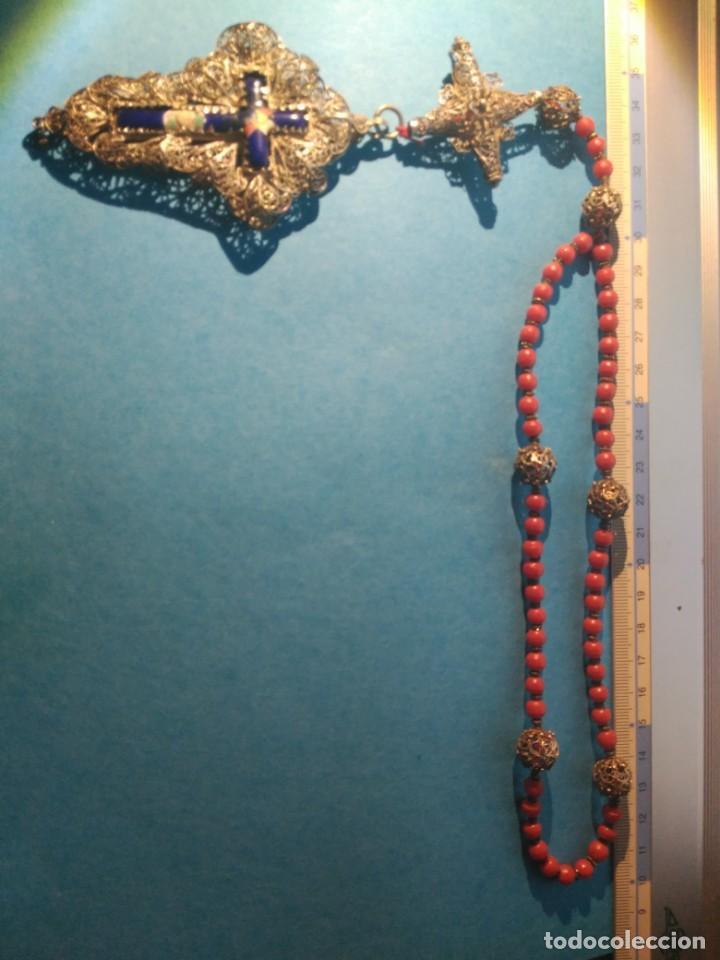Antigüedades: MUSEO IMPRESIONANTE ROSARIO BARROCO PLATA FILIGRANA Y CORAL CRUZ CON ESMALTE 10 cm P.V.P.1050 EUROS - Foto 9 - 213824058