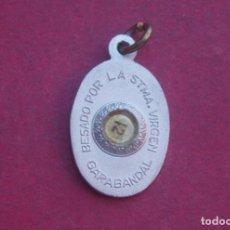 Oggetti Antichi: MEDALLA RELICARIO VIRGEN GARABANDAL. CANTABRIA. BESADO POR LA SANTÍSIMA VIRGEN. Lote 213825970