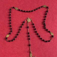 Antigüedades: ROSARIO DE VIAJE EN METAL DORADO. MEDIADOS DE SIGLO XX. Lote 213827418