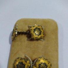 Antigüedades: GEMELOS ANTIGUOS, DAMASQUINADO. Lote 213855307