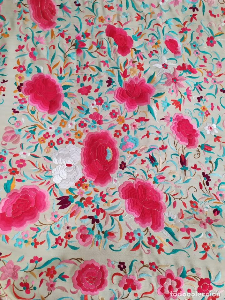 Antigüedades: Impresionante mantón de Manila del S. XIX - Foto 10 - 213877765