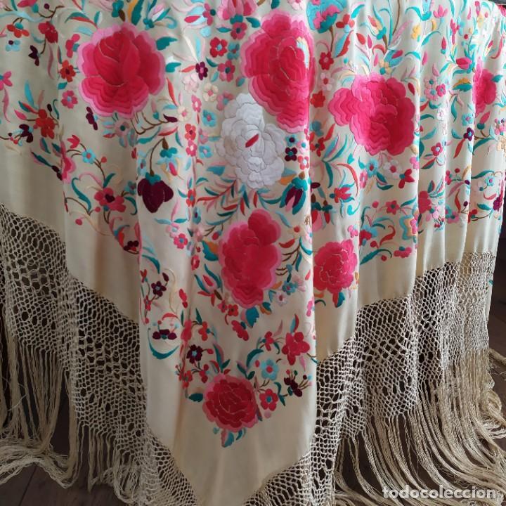 Antigüedades: Impresionante mantón de Manila del S. XIX - Foto 14 - 213877765