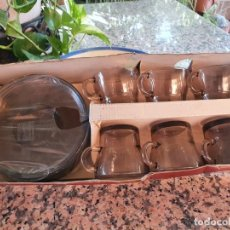 Antigüedades: PRECIOSO JUEGO DE CAFE DURALEX A ESTRENAR. Lote 213904085