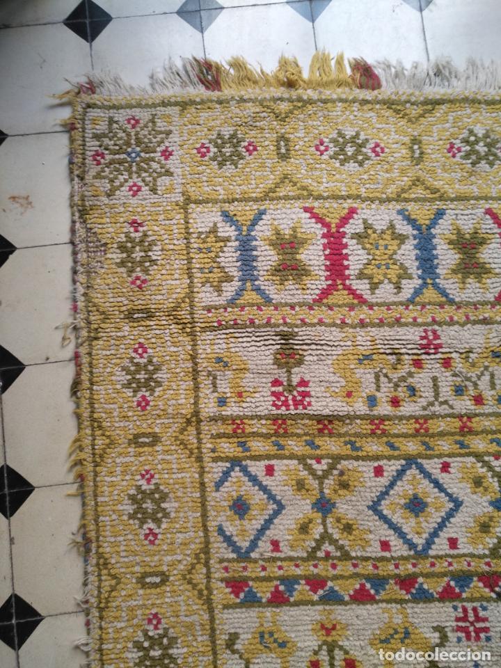 Antigüedades: ANTIGUA ALFOMBRA LANA ALPUJARREÑA s.r.c AÑOS 40S APROXIMADAMENTE GRAN TAMAÑO GRANADA LAZUBILA - Foto 2 - 213909706