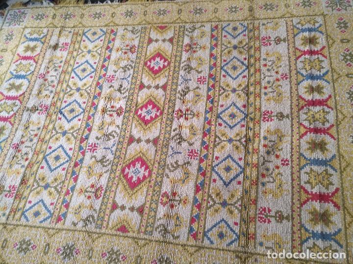 Antigüedades: ANTIGUA ALFOMBRA LANA ALPUJARREÑA s.r.c AÑOS 40S APROXIMADAMENTE GRAN TAMAÑO GRANADA LAZUBILA - Foto 3 - 213909706