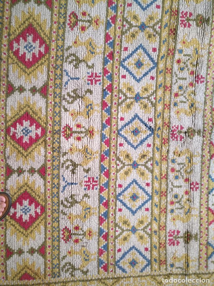Antigüedades: ANTIGUA ALFOMBRA LANA ALPUJARREÑA s.r.c AÑOS 40S APROXIMADAMENTE GRAN TAMAÑO GRANADA LAZUBILA - Foto 8 - 213909706