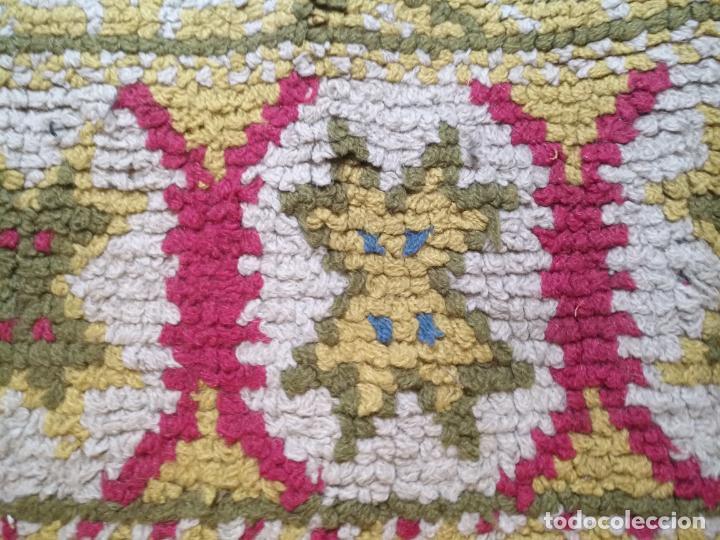 Antigüedades: ANTIGUA ALFOMBRA LANA ALPUJARREÑA s.r.c AÑOS 40S APROXIMADAMENTE GRAN TAMAÑO GRANADA LAZUBILA - Foto 26 - 213909706
