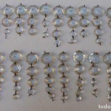 Antigüedades: CRISTALES,ABALORIOS,COLGANTES,CUENTAS,LAGRIMAS,PRISMAS,CAIRELES,PENDELOQUES PARA LAMPARAS. Lote 213970471