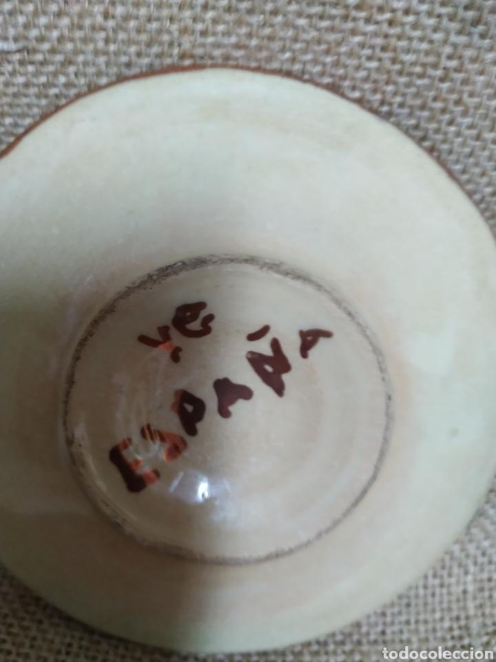Antigüedades: Pareja de platos ,reflejos metálicos .Manises - Foto 7 - 213986366
