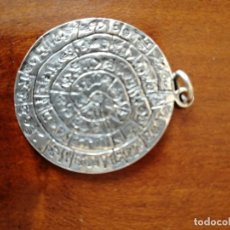 Antigüedades: MEDALLION DEL SOL AZTECA PLATA DIAMETRO 3,5 CM. Lote 213997281