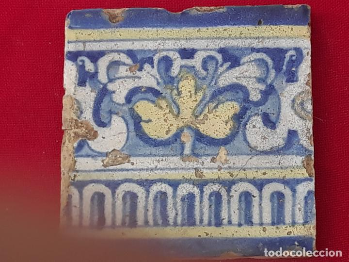 Antigüedades: 1 ) AZULEJO ANTIGUO DE TALAVERA / TOLEDO - RENACIMIENTO - SIGLO XVI. - Foto 2 - 214020780