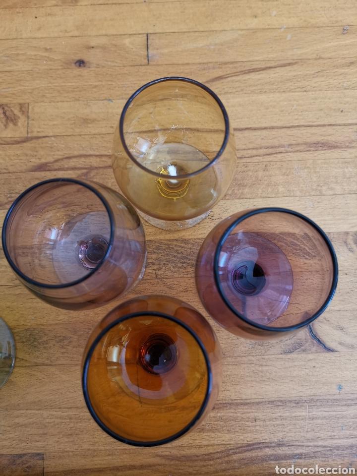 Antigüedades: 5 copas tipo conyac de cristal de colores 1960s 1970s - Foto 4 - 214097366
