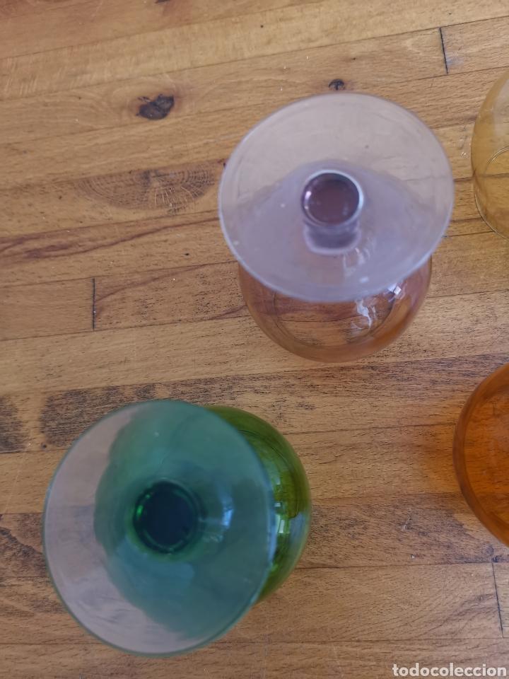 Antigüedades: 5 copas tipo conyac de cristal de colores 1960s 1970s - Foto 8 - 214097366