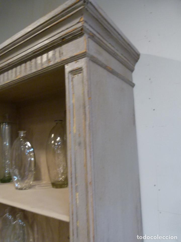 Antigüedades: CONJUNTO DE LIBRERIAS DE MADERA PATINADA - Foto 6 - 214153112