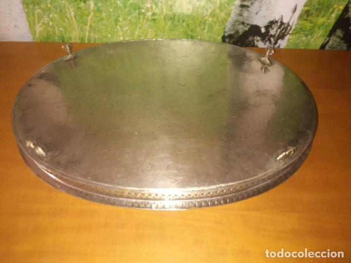 Antigüedades: Antigua bandeja de metal (Mide 48 cm x 34 cm) - Foto 4 - 214190167