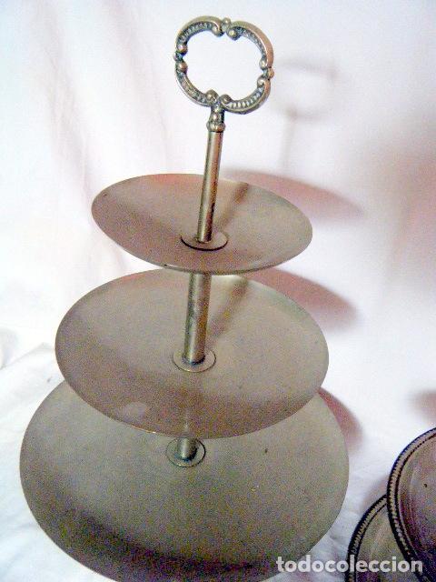 Antigüedades: LOTE CINCO BANDEJAS EN METAL PLATEADO - Foto 5 - 214197928