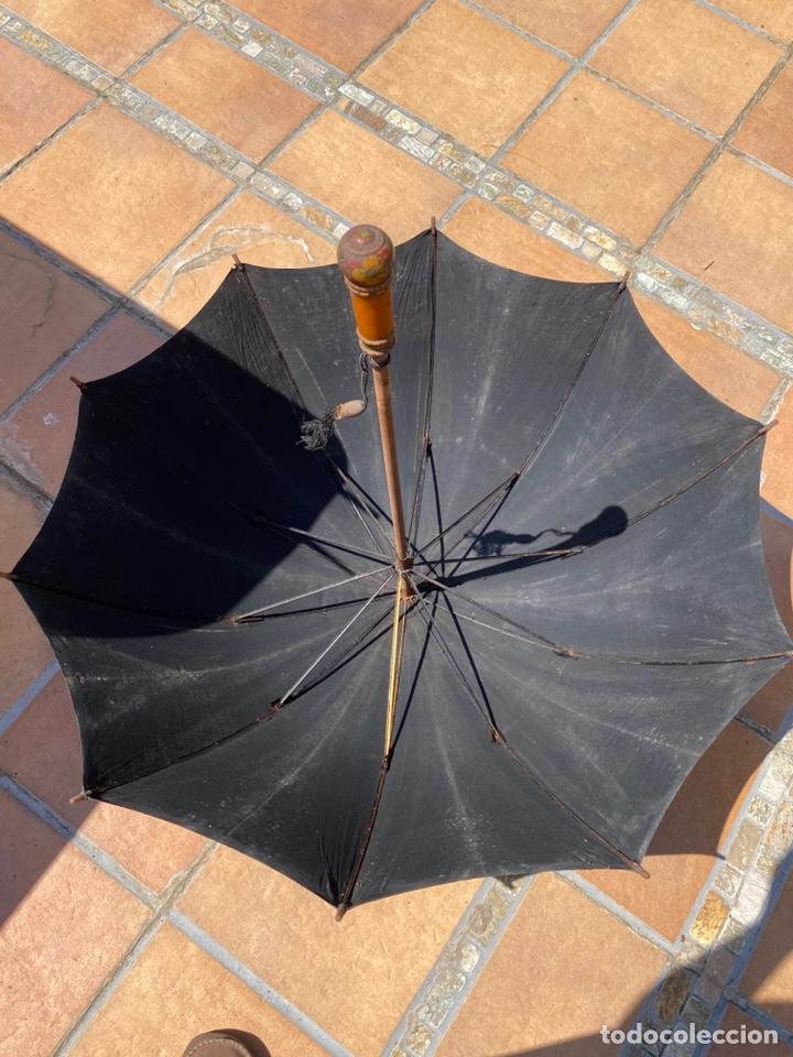 Antigüedades: Paraguas antiguos años 30 y años 40 preciosos complementos - Foto 3 - 214223571