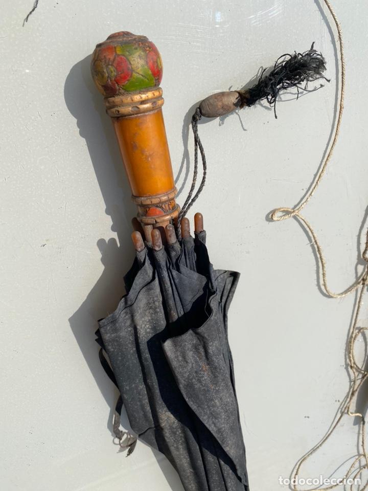 Antigüedades: Paraguas antiguos años 30 y años 40 preciosos complementos - Foto 4 - 214223571