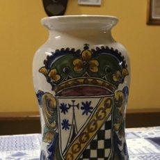 Antigüedades: ANTIGUO TARRO FARMACIA ALBARELO CERAMICA SANGUINO TOLEDO 20. Lote 214303960