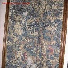 Antigüedades: TAPIZ GRANDE GOBELINO 160 X 100 [SIN EL MARCO]. Lote 214441461