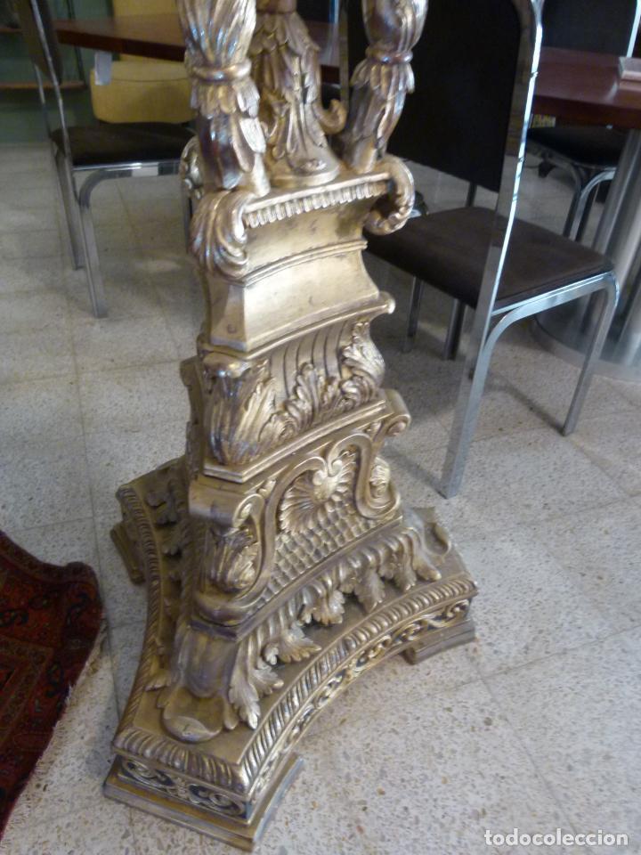 Antigüedades: CANDELABRO DE MADERA TALLADA SIGLO XIX - Foto 3 - 214448106