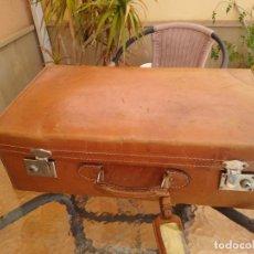 Antigüedades: ANTIGUA MALETA DE CUERO. Lote 214496105
