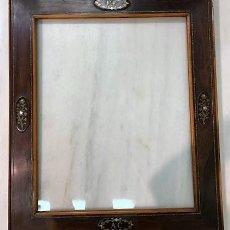 Antigüedades: MARCO CON MARQUETERIA. SIGLO XIX.. Lote 214507702