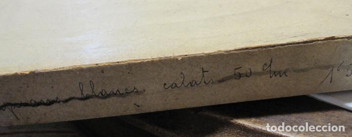 Antigüedades: CAJA DE CARTÓN CON GUANTES MITONES (SIN DEDOS) COLOR DE NIÑA A ESTRENAR. 19 PARES - Foto 6 - 214572175