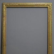 Antigüedades: IMPORTANTE MARCO DE MADERA EN PAN DE ORO. SIGLO XVIII. VENECIA. Lote 214578983