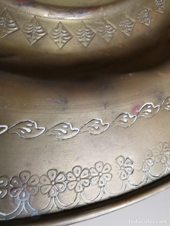 Antigüedades: plato petitorio limosnero de latón san jorge- sant jordi - Foto 26 - 214620486