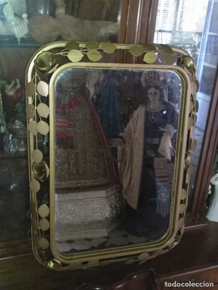 Antigüedades: ANTIGUO VINTAGE HIERRO FORJA DORADA HOJAS Y FLORES GRAN ESPEJO 67,5 X 50 CM - Foto 9 - 214658586
