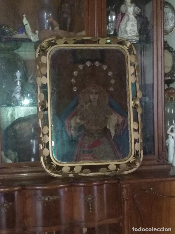 Antigüedades: ANTIGUO VINTAGE HIERRO FORJA DORADA HOJAS Y FLORES GRAN ESPEJO 67,5 X 50 CM - Foto 18 - 214658586