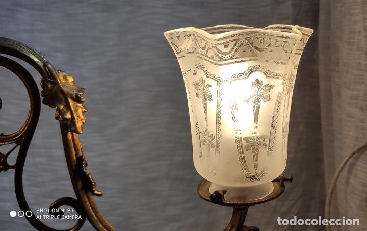 Antigüedades: PRECIOSA LAMPARA DE GAS ELECTRIFICADA Y RESTAURADA, TRES LUCES - Foto 3 - 214745567