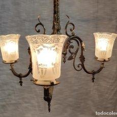 Antigüedades: PRECIOSA LAMPARA DE GAS ELECTRIFICADA Y RESTAURADA, TRES LUCES. Lote 214745567