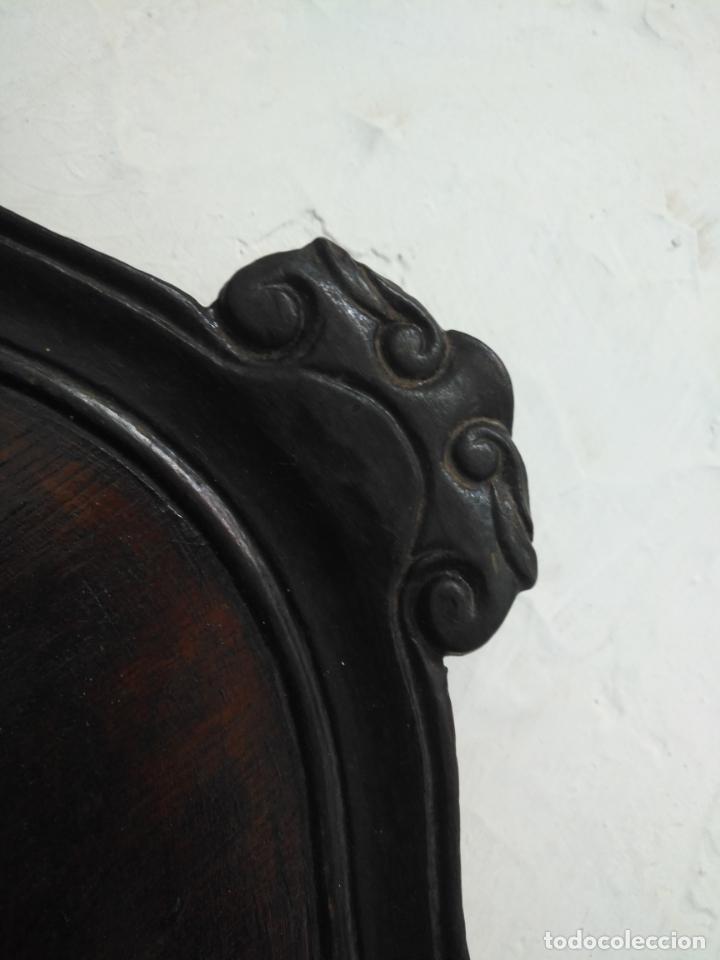 Antigüedades: ANTIGUA GRAN BANDEJA MADERA 59 X 38 CM TALLADA VER FOTOS TRASERA - Foto 7 - 214748586